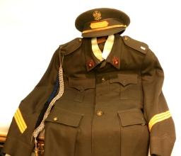Subastas - UNIFORME MILITAR