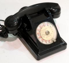 Subastas - TELEFONO INGLÉS EN BAQUELITA